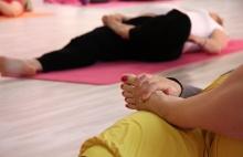 PORADNA: Nemůžu otěhotnět, pomůže mi hormonální jóga?