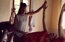 Potřebné papíry k lektorování jógy aneb Proč nejsem trenérem