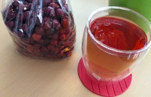 Šípkový čaj podle odtajněného rodinného receptu