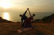 Párová jóga může vztah posunout o kus dál - nejen duchovně, ale také intimně