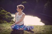 Jóga v tichu přírody