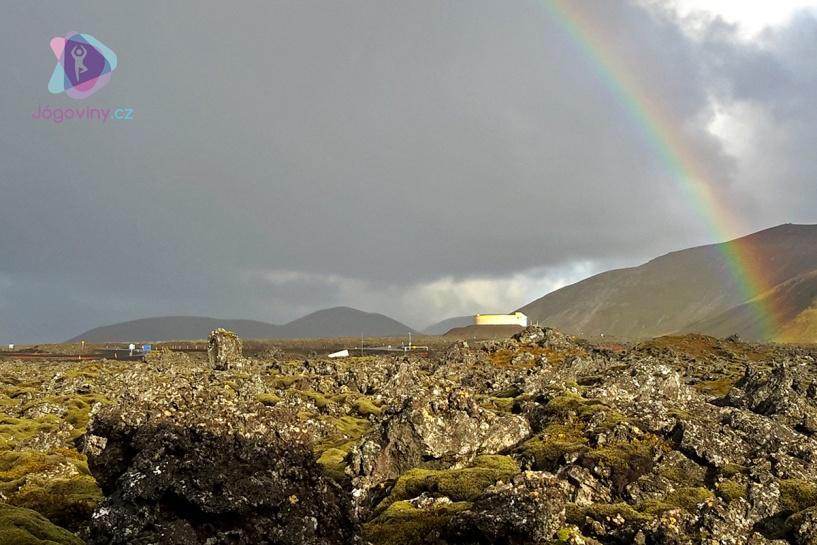 Duha na Islandu bývá velmi často.