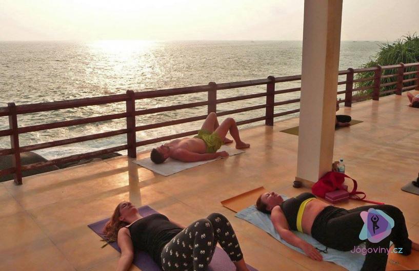 S jógou do ráje, třeba na Srí Lanku